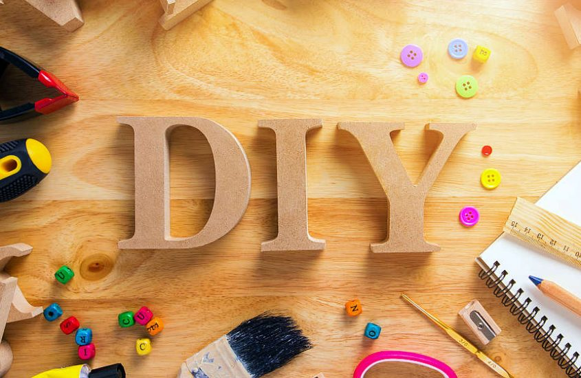 DIY Craft: How to Make Your Own Electric Toothbrush Holder