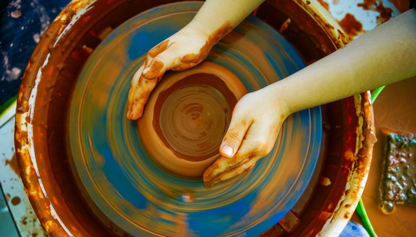 A pottery art